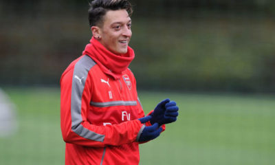 mesut-ozil-fifa-ultimate-scream-team