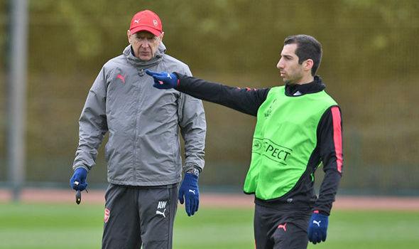 Henrikh-Mkhitaryan-Arsenal-Europa-League