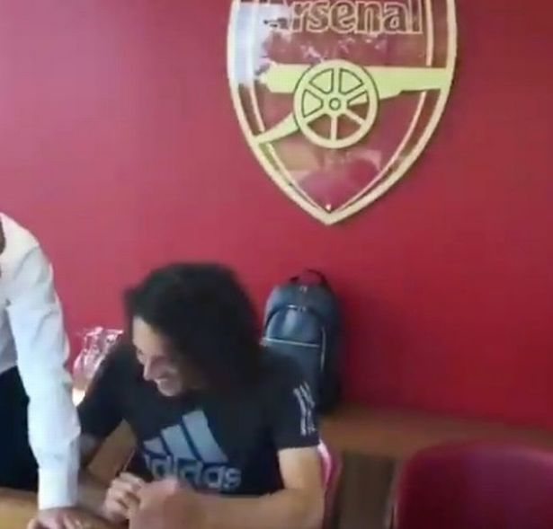 Matteo-guendouzi-joins-arsenal-as-leaked-video-confirms-%c2%a37million-transfer-1