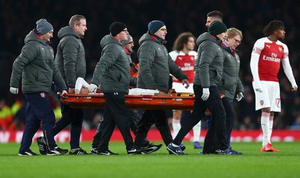 Hector-Bellerin-injury-Arsenal-Chelsea